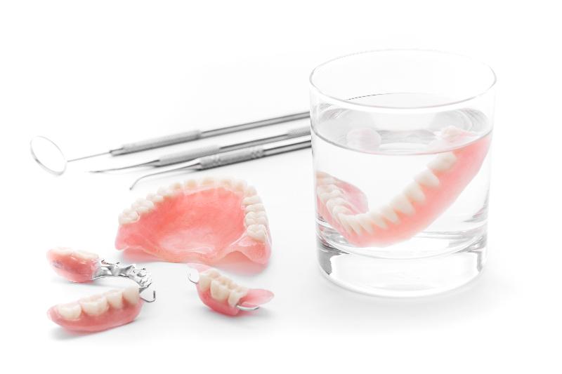 入れ歯・義歯について